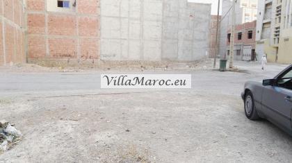 bouwgrond in Guercif 220 m2  met 2 wegen  300 meter van centrum .200 meter van de taxi en busstation
