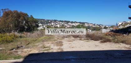 Lot terrain pour villa 680 m2  بقعة أرض بين لبناء �